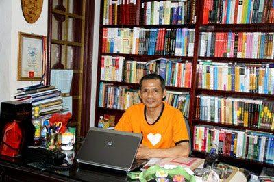 Tiến sỹ Nguyễn Mạnh Hùng được mời làm diễn giả của Hội Sách lớn nhất thế giới FBF 2015