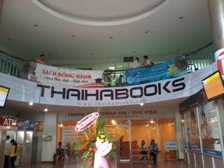 Triển lãm sách của Thaihabooks mừng Lễ khai giảng tại Đại học Công Nghiệp Tp HCM vào ngày 24, 25/11/2012