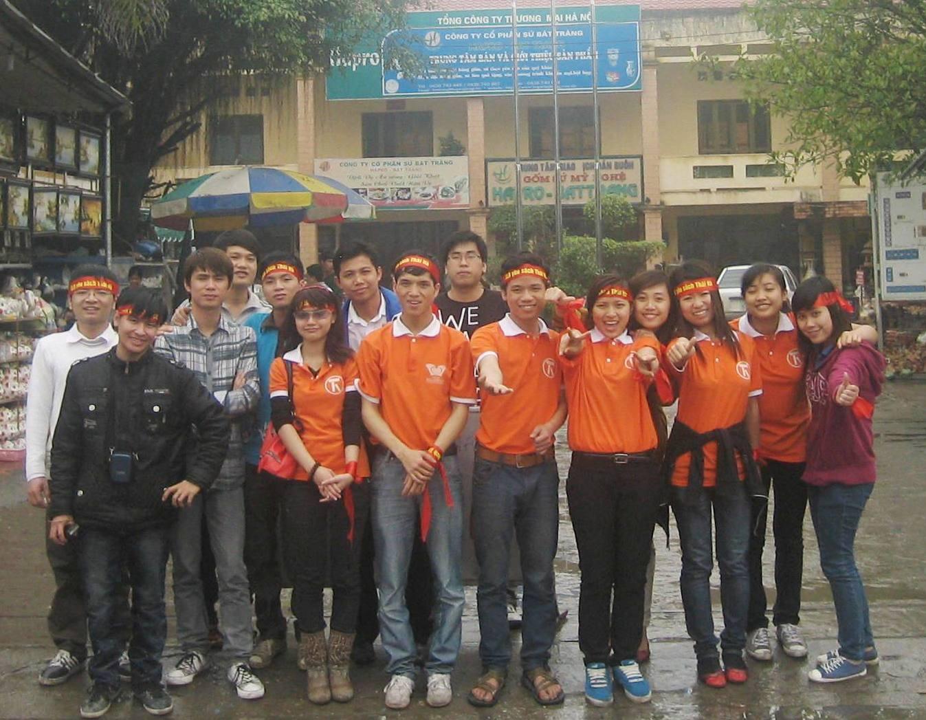 CLB Yêu sách Thái Hà offline cuối năm và giao lưu cùng thầy Nguyễn Mạnh Hùng
