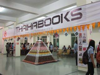 Ngày đầu tiên của Hội sách tại ĐH Sư phạm HCM thu hút hàng ngàn bạn sinh viên