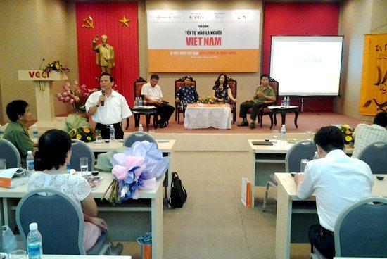"""Tọa đàm """"Tôi tự hào là người Việt Nam"""" – một chương trình ý nghĩa"""