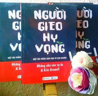 Thaihabooks tham gia hội chợ sách chào mừng ngày Nhà giáo Việt Nam 20/11