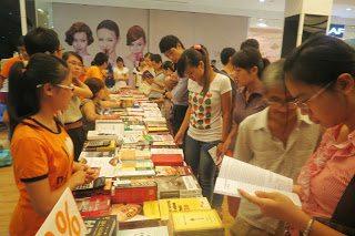 Thaihabooks tham gia ngày hội Quốc tế và đọc sách 2013