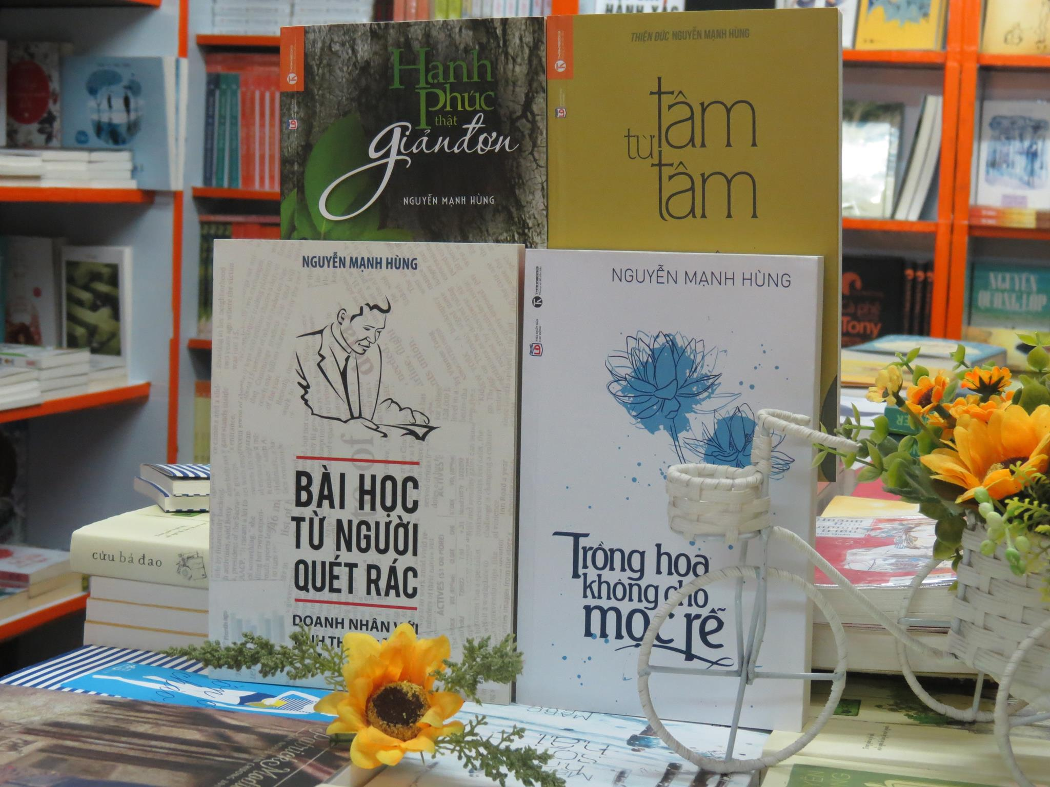 """Bài cảm nhận về cuốn sách : """"Trồng hoa không cho mọc rễ"""""""