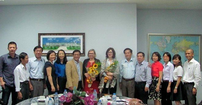 Cách đưa Việt Nam hòa nhập hội chợ sách quốc tế
