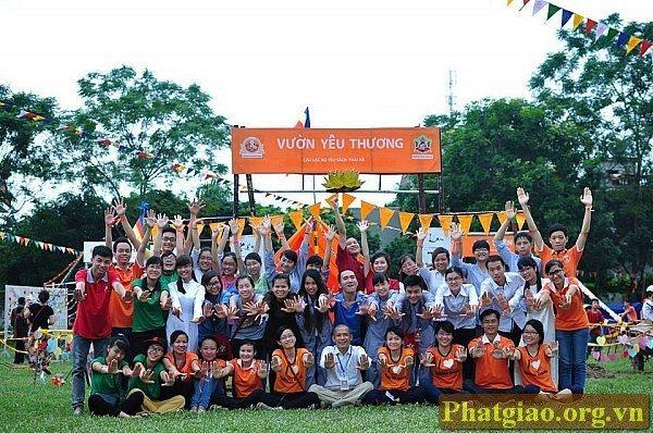 Sôi động khai mạc Trại Hè Hương Sen Đại Bi