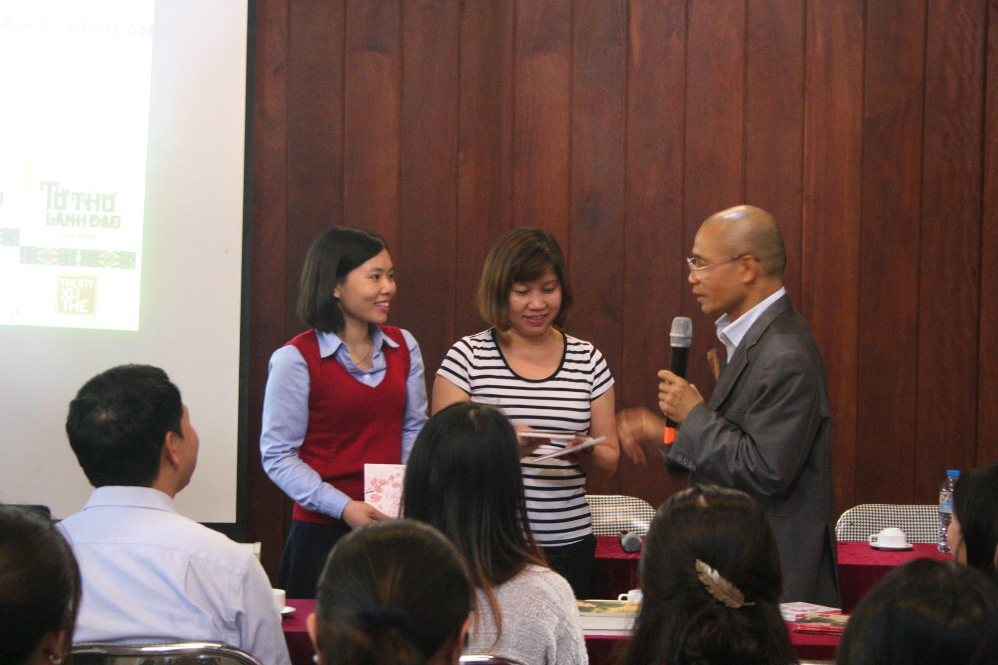 """Reading Tour Thái Hà Books số 6, Chương trình giao lưu """"Bình an trong nhân gian"""""""