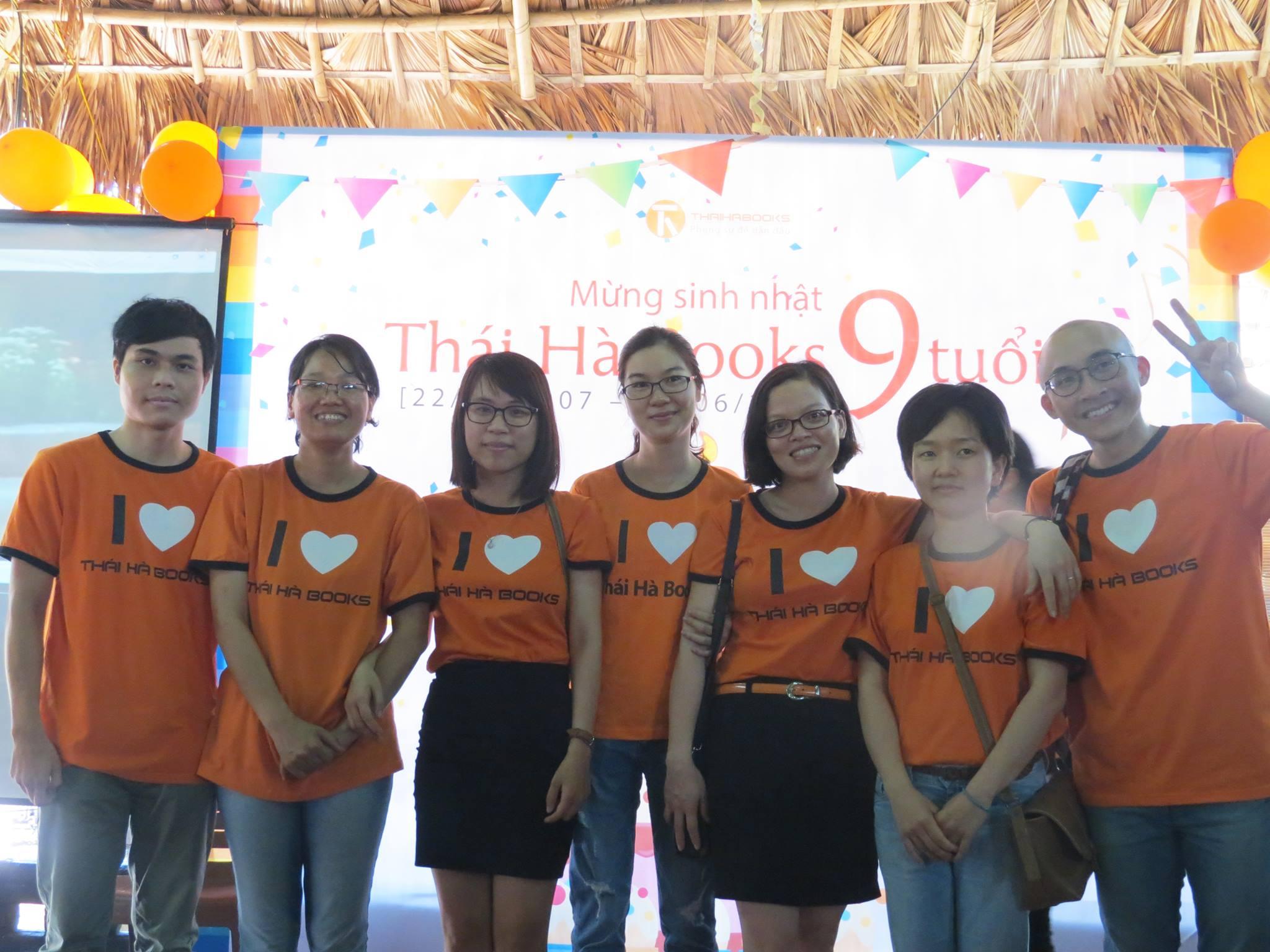 Chúng tôi tự hào về mỗi biên tập viên của Thái Hà Books