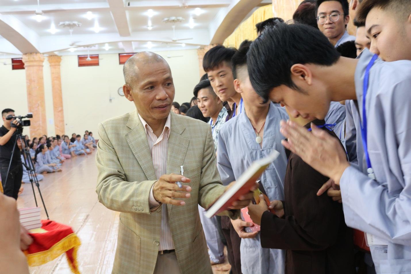 Ts. Nguyễn Mạnh Hùng: Tuổi trẻ  là tuổi giữ gìn Chân – Thiện – Mỹ của dân tộc