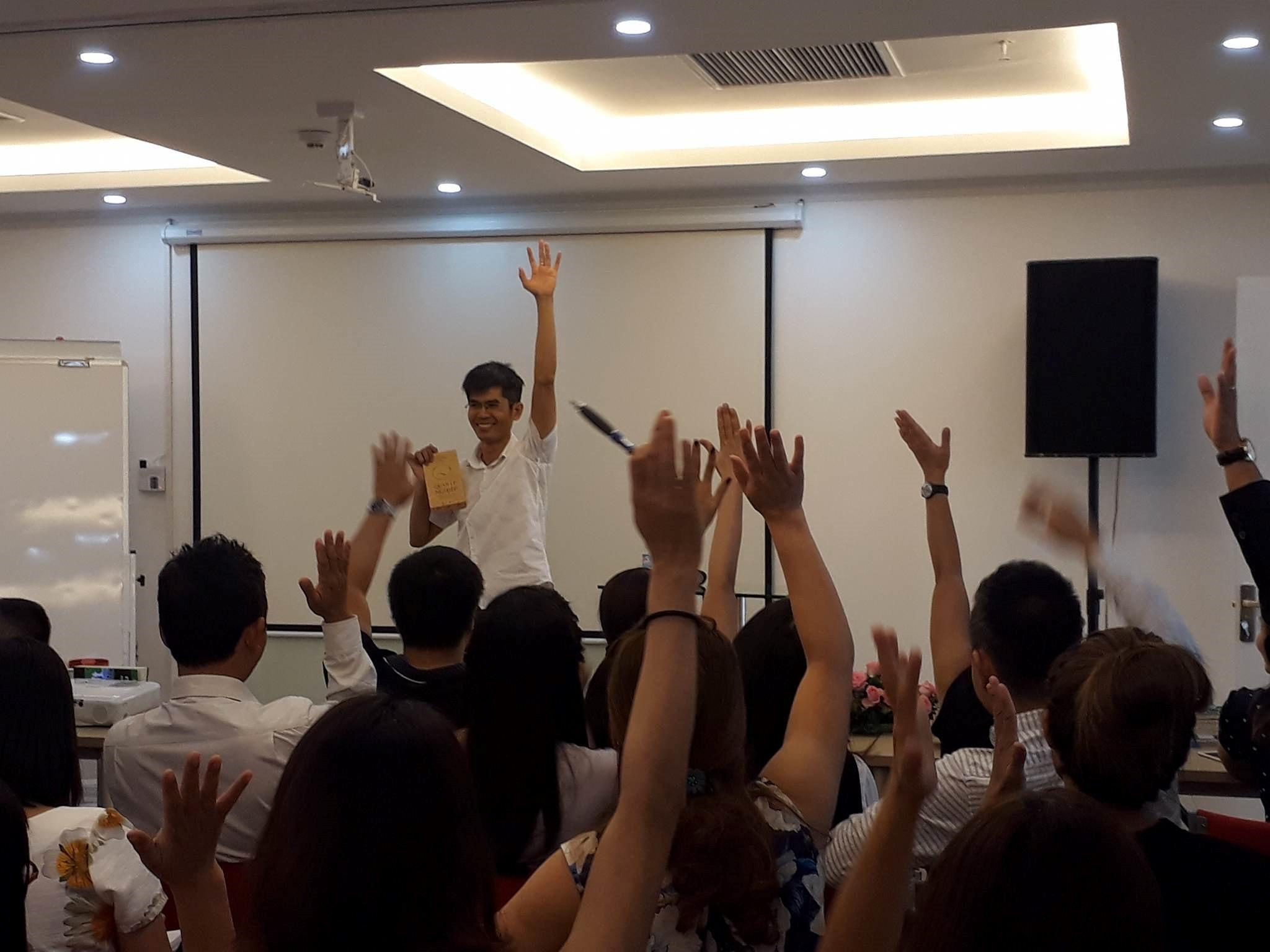 Thái Hà Books tham dự sự kiện ra mắt câu lạc bộ Quản lý nghiệp tại Hà Nội