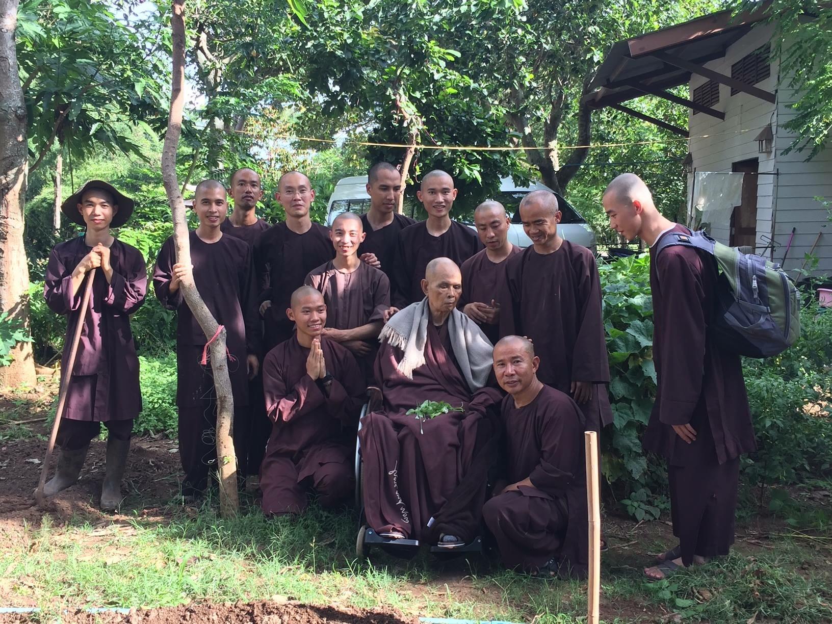 Thầy Nhất Hạnh đã thăm đất mẹ Việt Nam thật rồi
