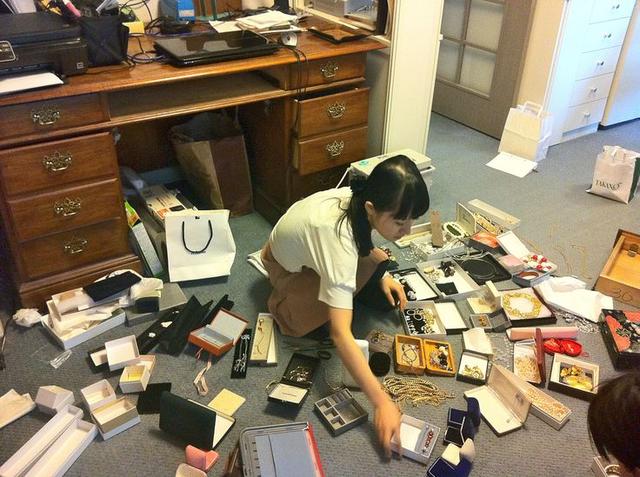 Bí quyết luôn vui vẻ và làm việc hiệu quả của người Nhật: Sắp xếp nơi làm việc hợp lý
