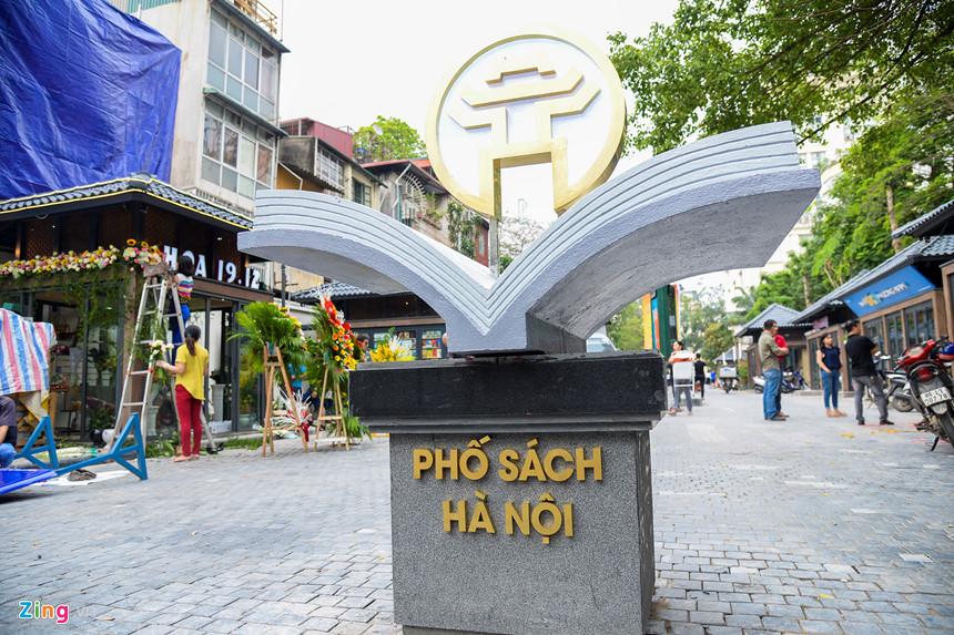 Nhiều góc nhìn về Phố sách 19 tháng 12 tại Hà Nội