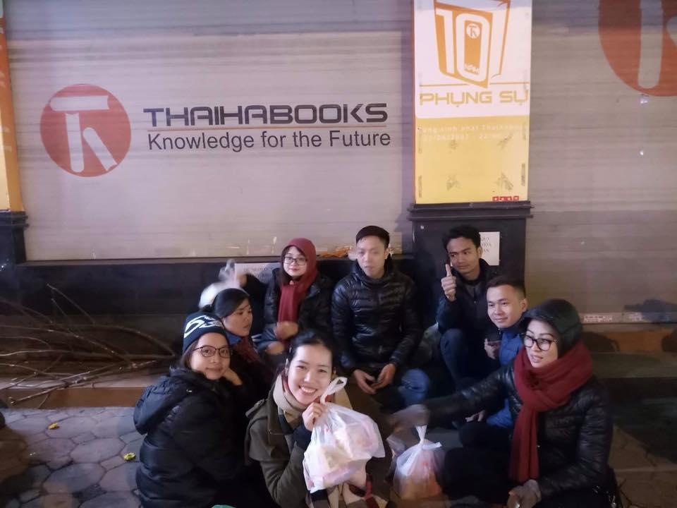 CLB yêu sách Thái Hà với một đêm đi phát quà và những trải nghiệm quá nhiều cảm xúc