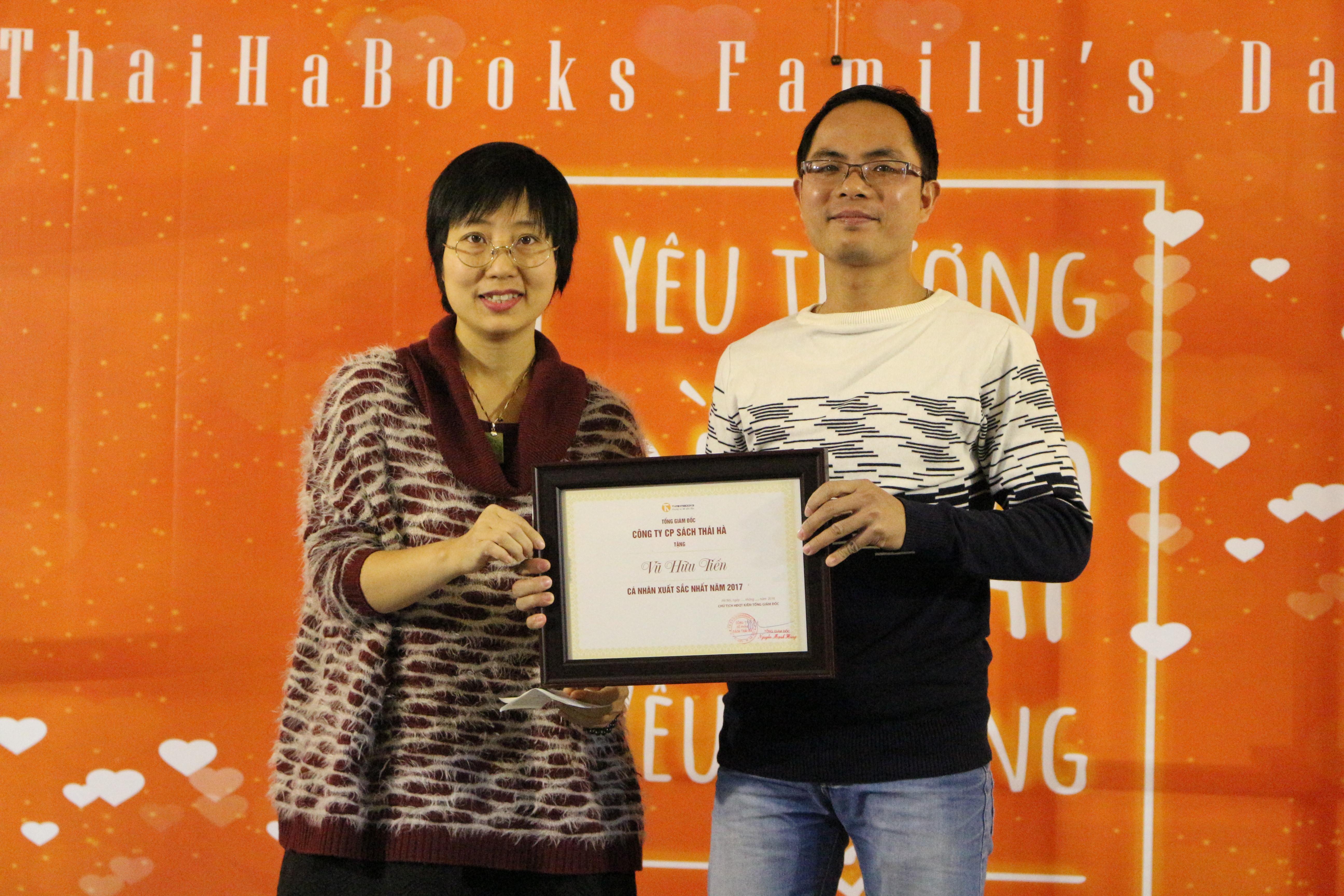 Vu Huu Tien ThaiHaBooks