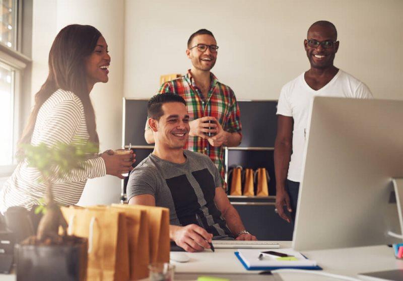 Tôi làm việc, tôi hạnh phúc: Làm gì để hòa thuận với đồng nghiệp?