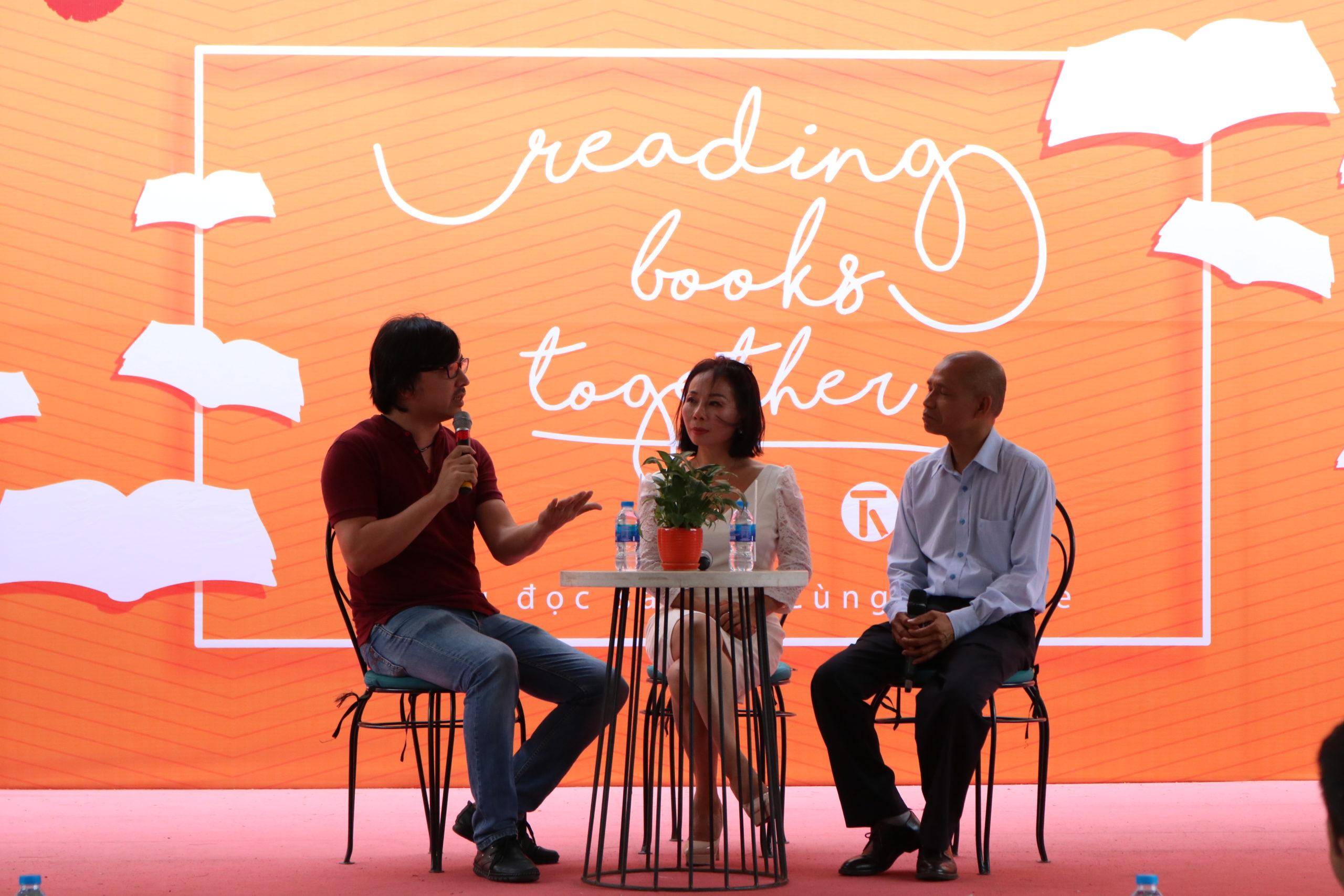 Reading Books Together: Cùng đọc sách – Cùng chia sẻ