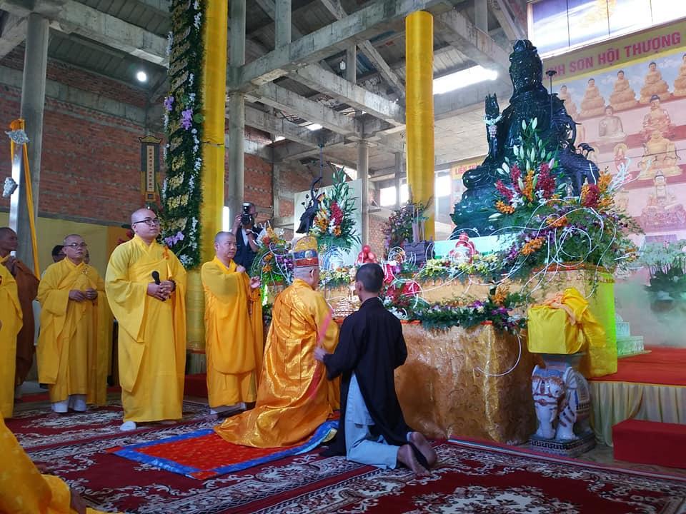 Đại lễ an vị tôn tượng Ngọc Quan Thế Âm tại Đà Nẵng thành công viên mãn