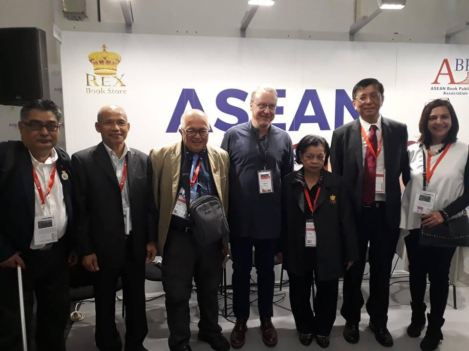 Hiệp hội Xuất bản ASEAN và ASEAN FORUM tại Frankfurt Book Fair 2018 – bài số 13