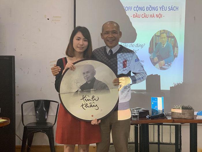 TS Nguyễn Mạnh Hùng giao lưu cùng các bạn trẻ yêu thích sách của dự án Điểm Đọc