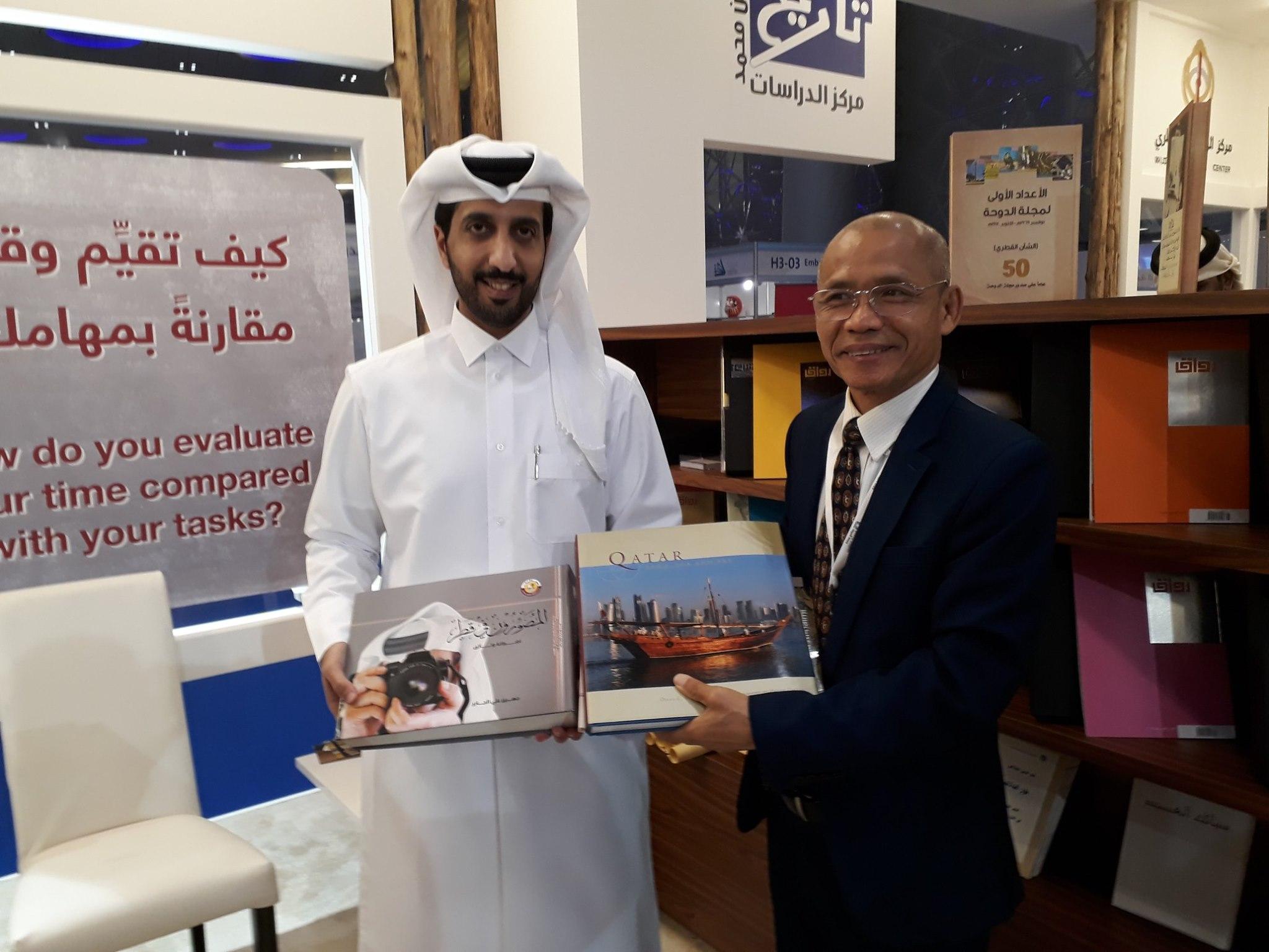 Hội sách Quốc tế Doha 2020 tràn ngập xe đẩy và học sinh – hãy để việc mua sách trở thành một thói quen hằng ngày!