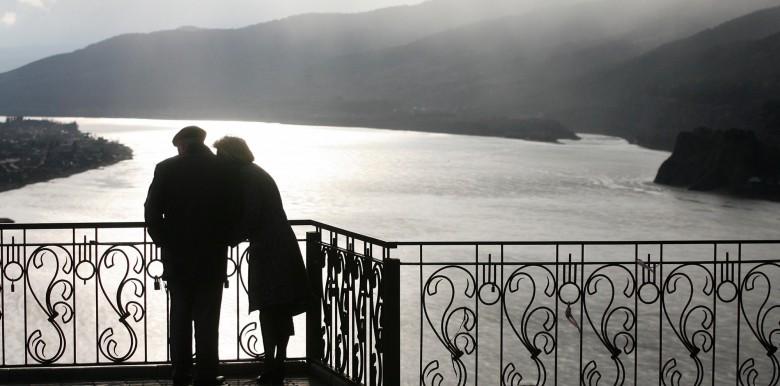 Sự buông xả trong Phật giáo có giúp mối quan hệ lành mạnh hơn?