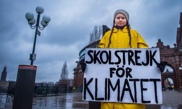 """Cô bé nghỉ học, đi biểu tình để cứu Trái Đất – một """"chiến binh vì hành tinh xanh"""""""