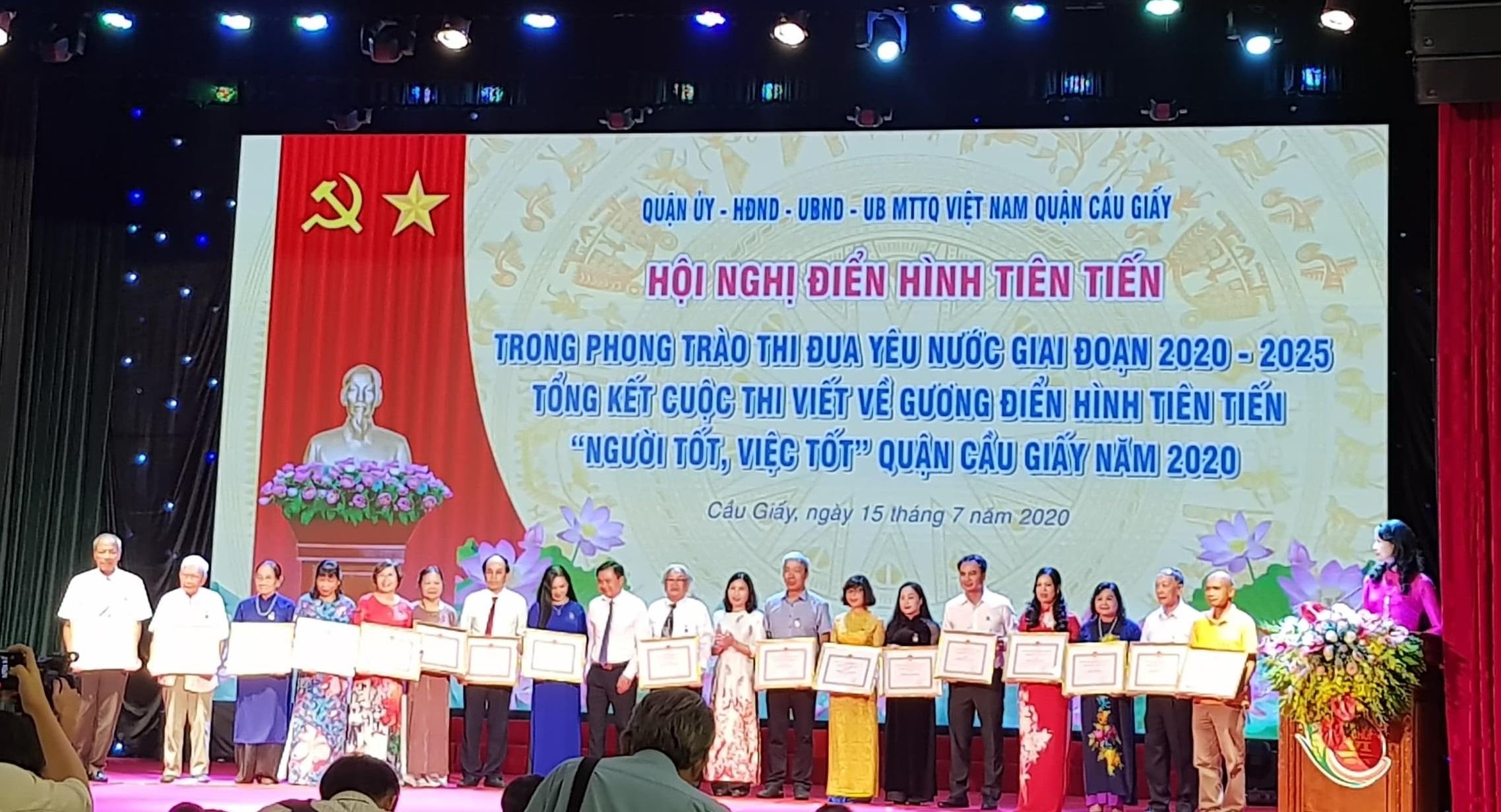 Thái Hà Books vinh dự nhận Giấy Khen vì những đóng góp tích cực trong công tác phòng, chống dịch COVID-19