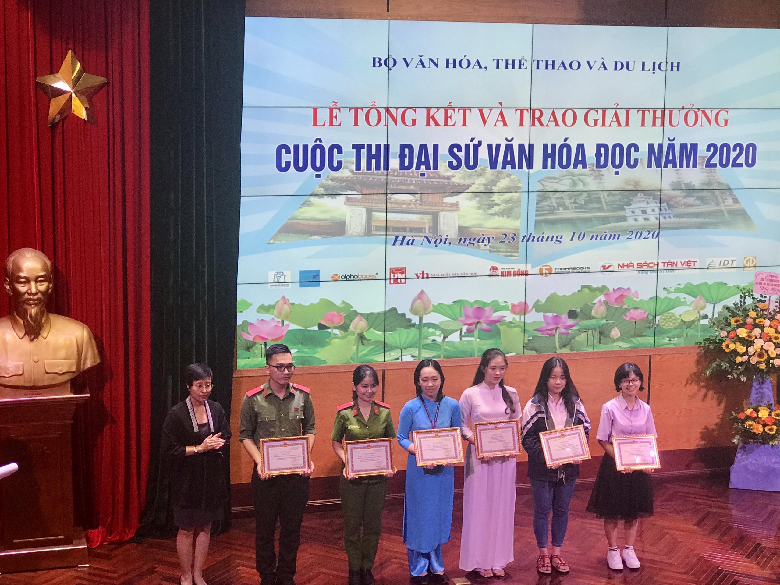 Lễ trao giải cuộc thi Đại sứ Văn hóa đọc 2020