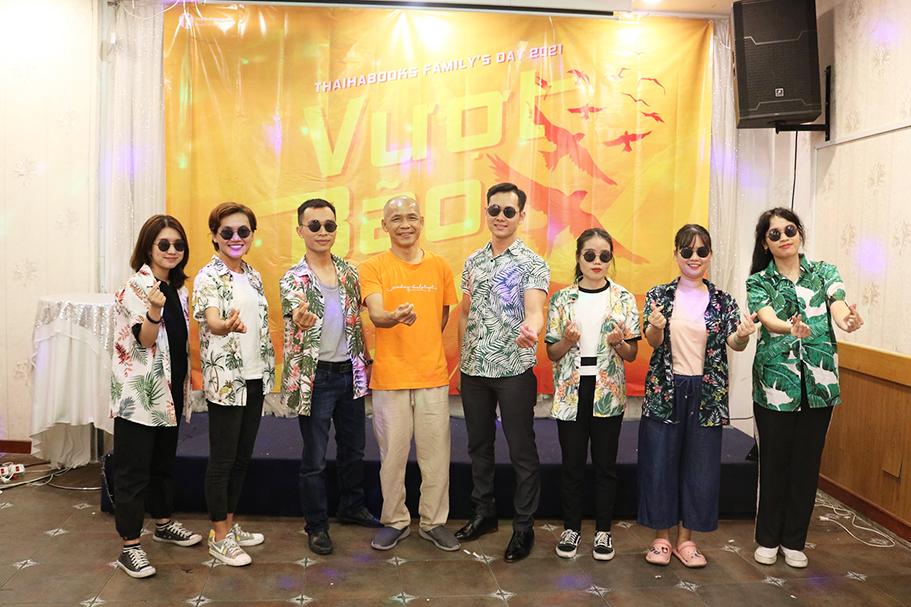 [HCM] Family's Day 2021: Gia đình Thái Hà Books giàu tình cảm và cũng rất… ngầu